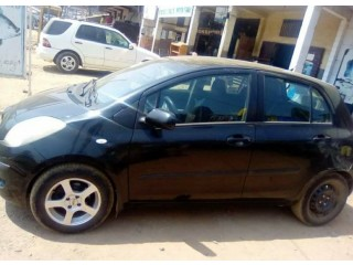 Blink blink Toyota Yaris for sale small cash..