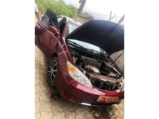 Camry 2003/2004 essence automatic climatise volant