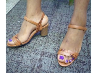 Quality sandas and slippers,size 37-41 Available and at affordable price