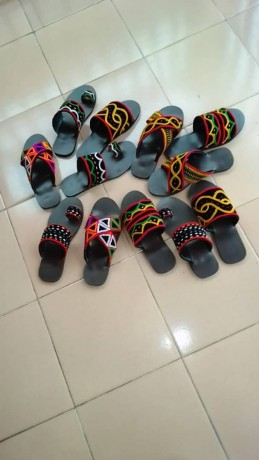 toghu-sandals-and-slippers-for-sell-big-3