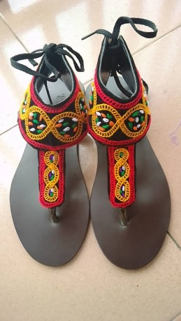 toghu-sandals-and-slippers-for-sell-big-1
