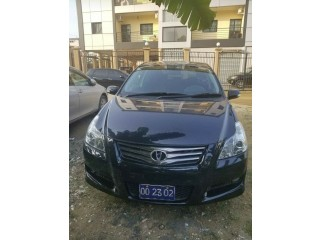 Toyota blade 2007 automatic Essence 4w4 occasion available for sale